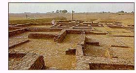 http://www.buddhist-pilgrimage.com/gifs/kaushambi.jpg